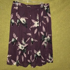 Sag Harbor Ladies Burgundy Floral Lined Skirt 10